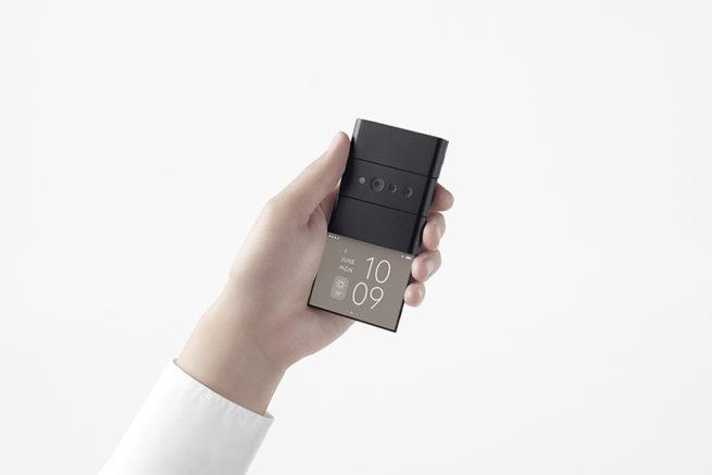 OPPO giới thiệu chiếc điện thoại thông minh có thể gập lại thành 3 4