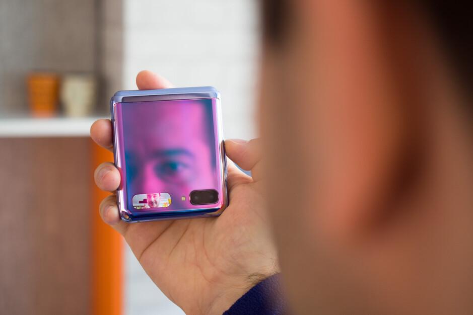 Honor có thể là thương hiệu tiếp theo tung ra smartphone có thể gập lại