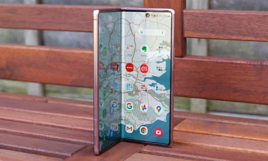Hóng: Samsung Galaxy Z gập đôi màn hình sẽ ra mắt trong năm nay 5