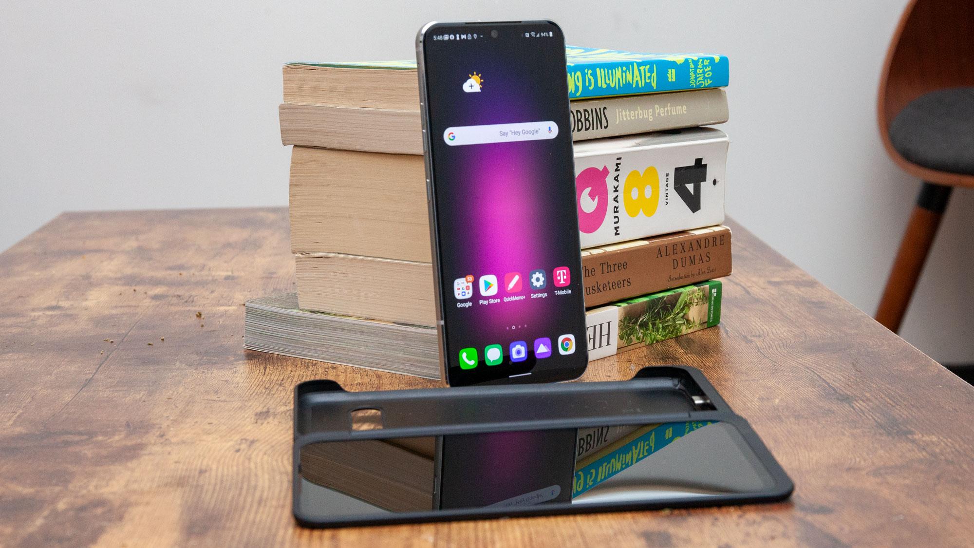 LG hoãn ra mắt điện thoại, Samsung Galaxy S21 bớt cạnh tranh