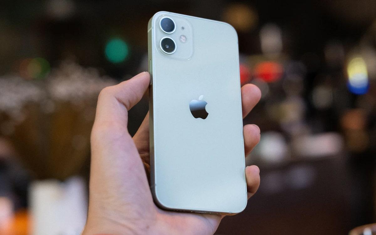 Nhiều khả năng Apple sẽ bồi thường cho Samsung vì iPhone 12 mini 1
