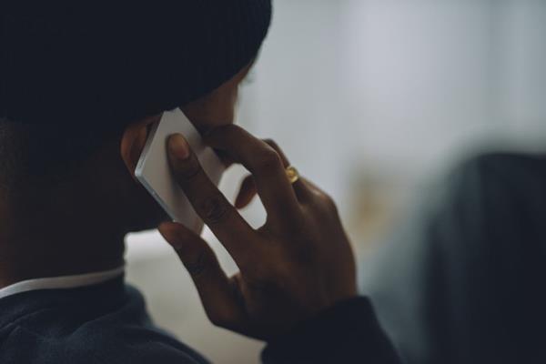 Light Phone điện thoại như thẻ tín dụng có giá 3,5 triệu đồng