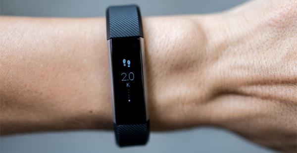 Trên tay đồng hồ thông minh Fitbit Alta: Thiết kế TINH TẾ, giá cực KINH TẾ