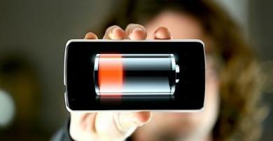 Vì sao sạc pin điện thoại không vào hoặc sạc rất chậm?